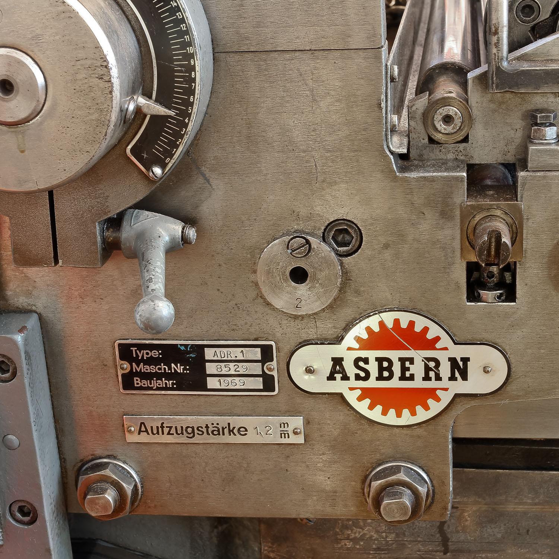 La presse à épreuve Asbern ADR-1